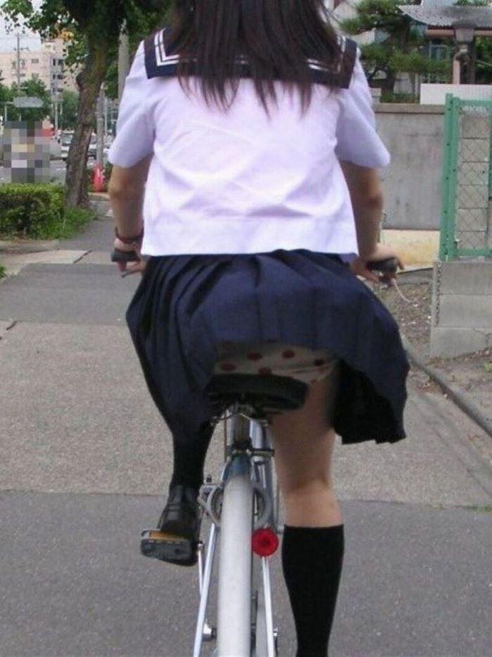JK_パンチラ_自転車_盗撮_エロ画像_10