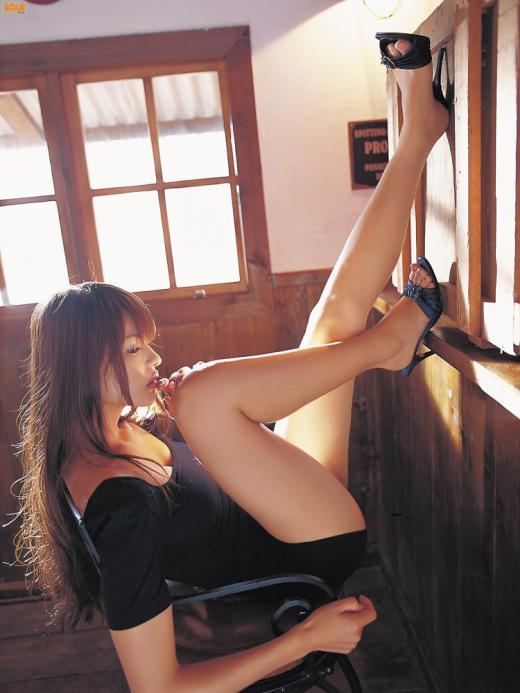 美脚_脚線美_セクシー_美女_エロ画像_06