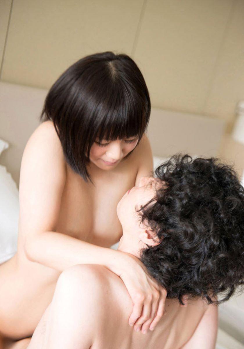 対面座位_セックス_密着_エロ画像_17