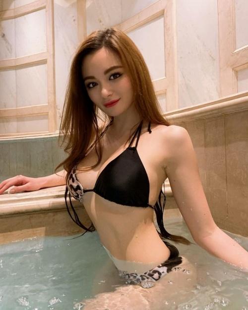 Ami_モデル_水着_巨乳_インスタグラム_23
