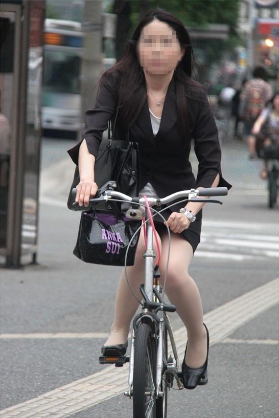 OL_自転車_タイトスカート_盗撮_エロ画像_20