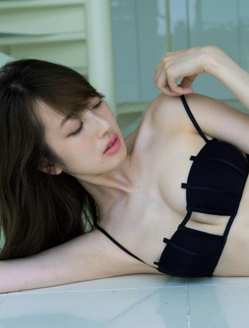 團遥香_グラビア_水着_ハミ乳_FRIDAY_08