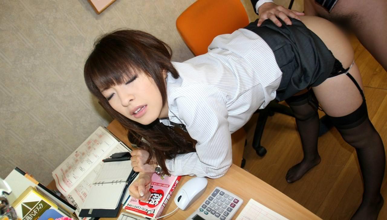 OL_着衣セックス_制服_エロ画像_13