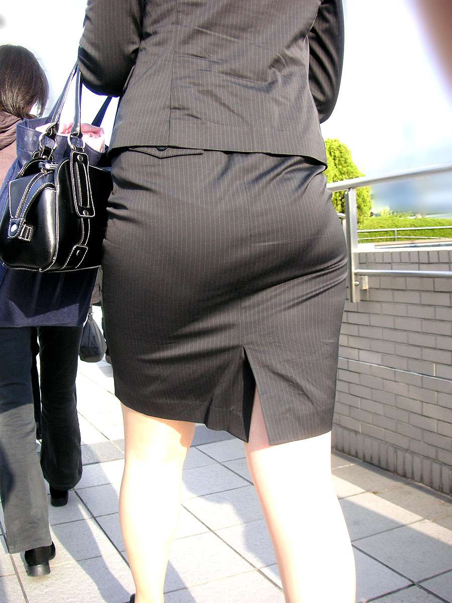 OL_お尻_タイトスカート_エロ画像_07
