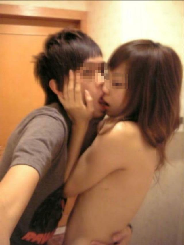 キス_接吻_素人_エロ画像_18
