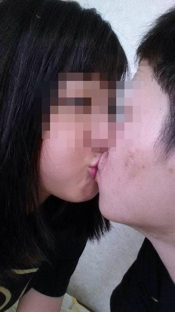 キス_接吻_素人_エロ画像_20