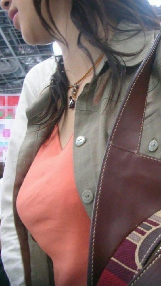 着衣巨乳_おっぱい_素人_エロ画像_05