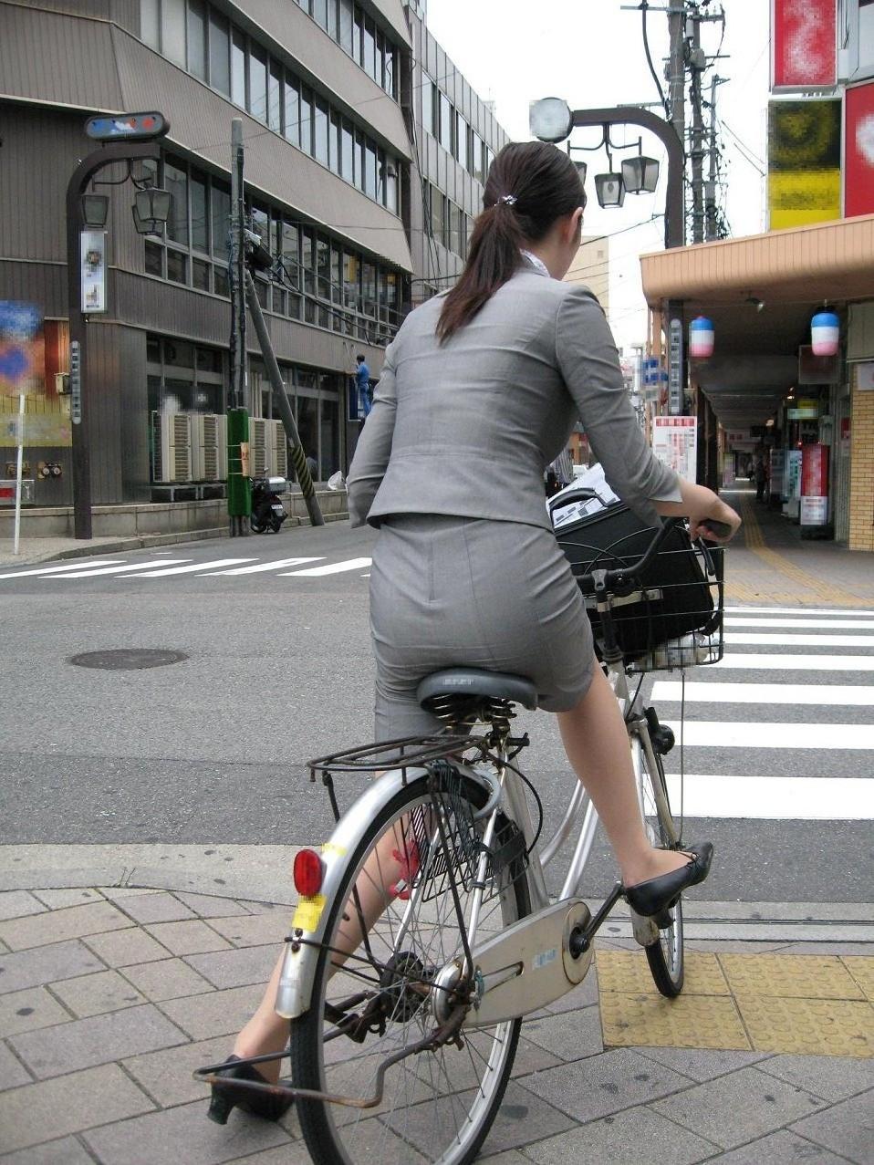 OL_美脚_自転車_盗撮_エロ画像_04