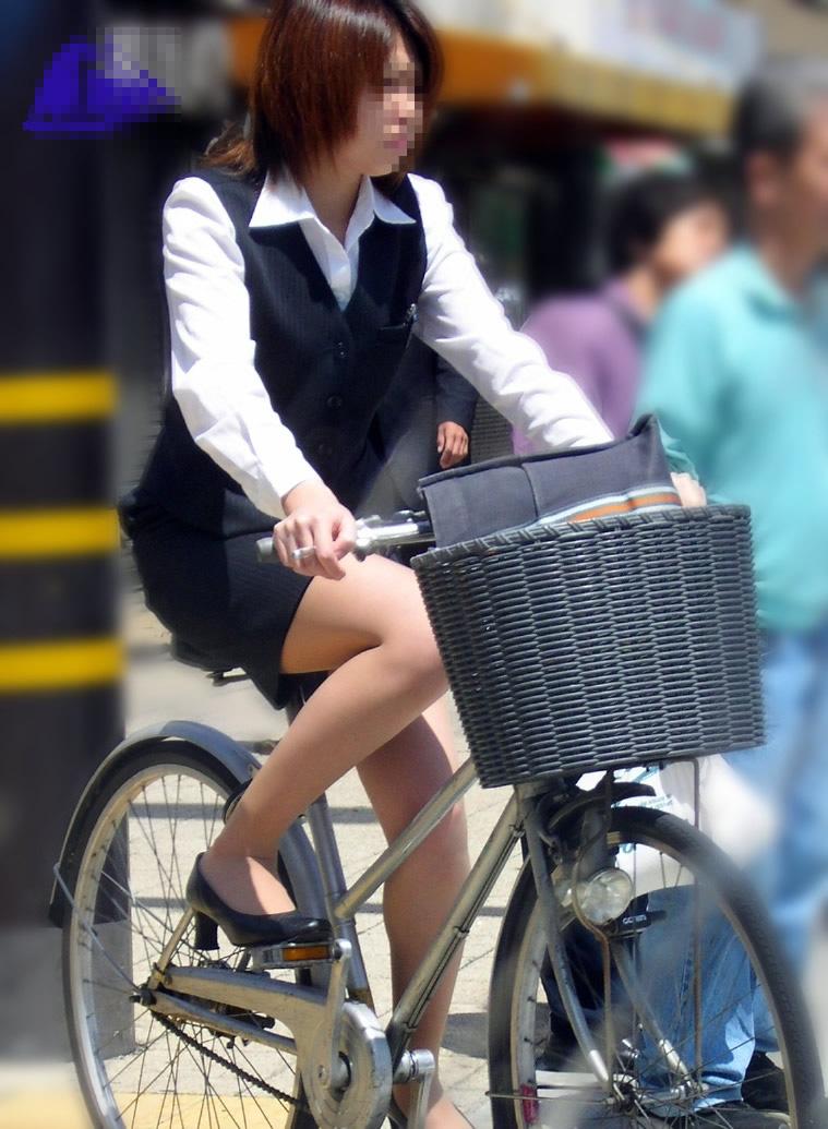 OL_美脚_自転車_盗撮_エロ画像_15