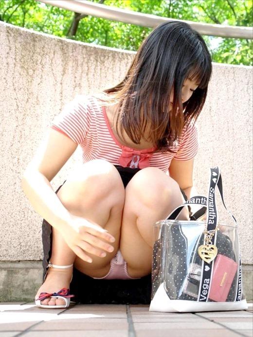 パンチラ_美女_パンツ_エロ画像_14