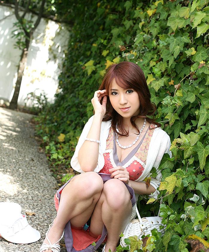 パンチラ_美女_パンツ_エロ画像_16