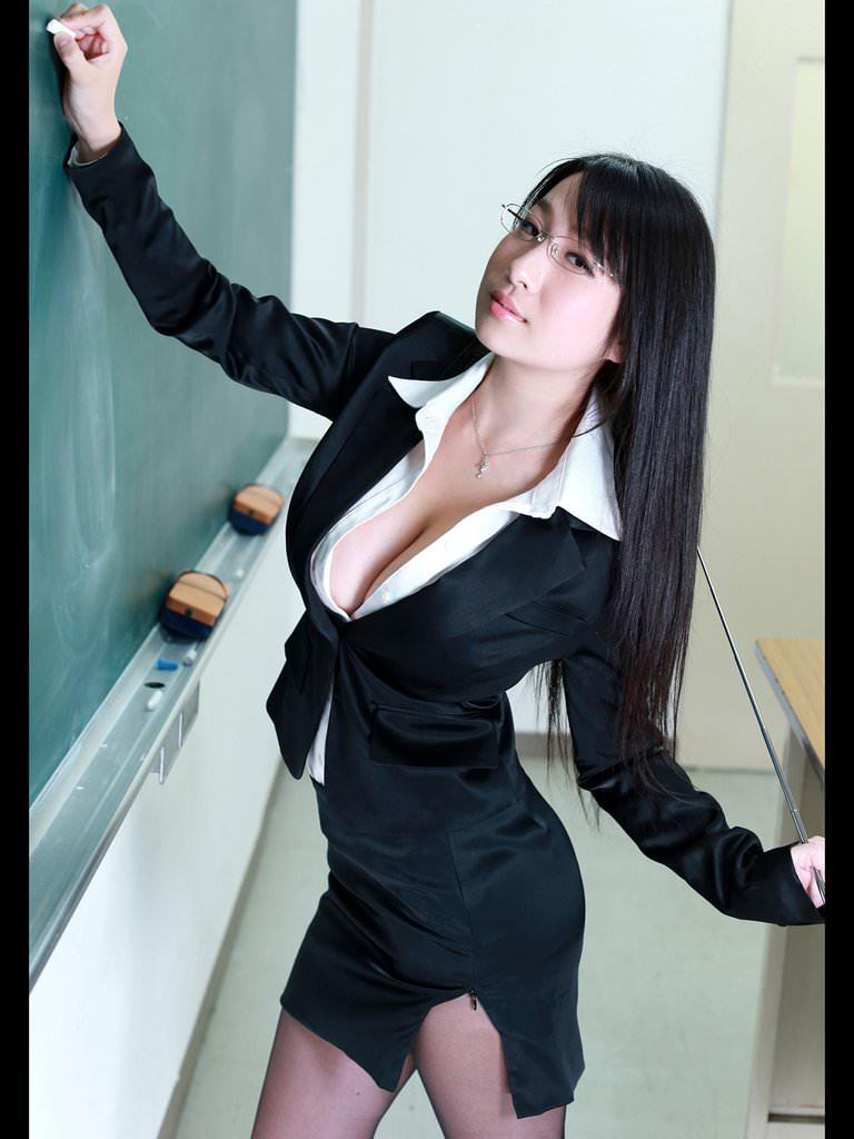 女教師_教室_セクシー_エロ画像_16